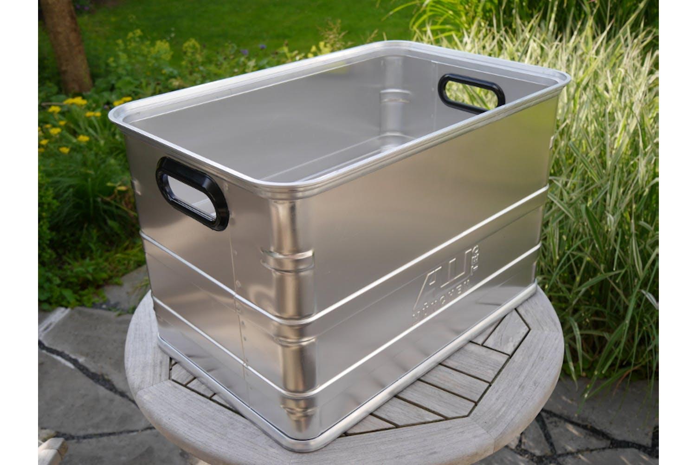 Alutec-Box - praktisch und leicht aus Aluminium mit angenehmer Kunststoffummantelung an den Grifföffnungen