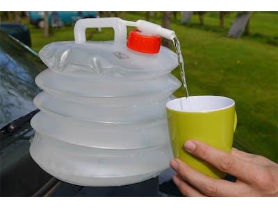 Wasserkanister Alea - faltet sich selbst zusammen